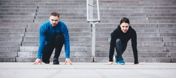 young-athletic-couple-in-a-steady-position-PCWHMQR